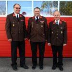 Altkommandanten EHBI Trenk und EBI Simeth mit Kommandant OBI Lang